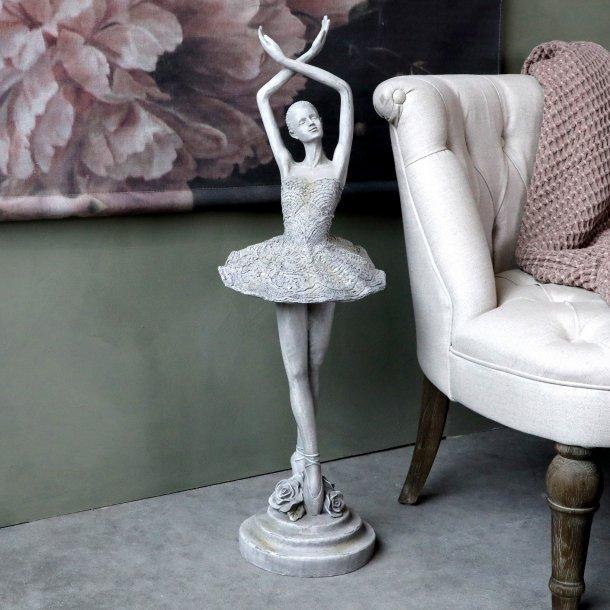 Ballerina H82 - Chic Antique